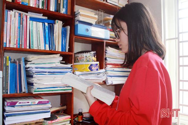 Những nỗ lực miệt mài của Thảo Uyên trong học tập đã mang đến cho em những thành công rực rỡ