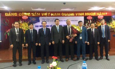 Ông Đào Ngọc Thanh - Tân Chủ tịch HĐQT cùng HĐQT Tổng công ty Vinaconex ra mắt.