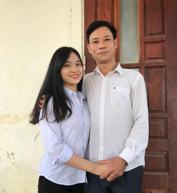 Bố con em Nguyễn Thị Quỳnh Trang.