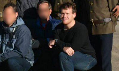 Brenton Tarrant chụp ảnh cùng những khách du lịch khác trong một chuyến đi tới Triều Tiên. Ảnh: News.com.au.