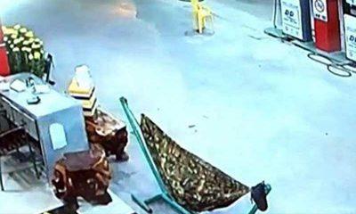 Võng nơi người đàn ông nằm ngủ rất gần hiện trường vụ án. Ảnh: P.NAM
