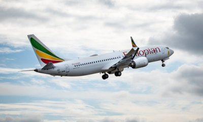 Một chiếc máy bay Boeing 737 Max của hãng hàng không Ethiopian, cùng loại với chiếc máy bay Boeing 737 Max bị rơi ngày 10-3 khiến toàn bộ 157 người trên máy bay thiệt mạng