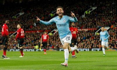 Man City mở toang cánh cửa tới chức vô địch Premier League sau chiến thắng 2-0 trước MU. (Ảnh: Getty)