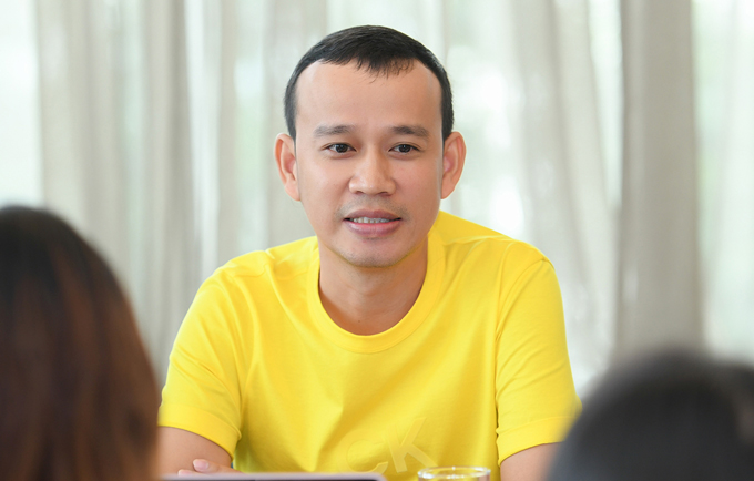 Chuyên gia đào tạo Phúc Nguyễn trong buổi gặp gỡ báo chí tại Hà Nội cuối tuần qua.