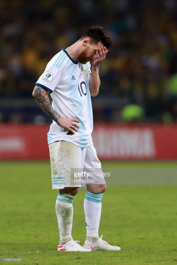 Messi một lần nữa lỡ hẹn với cúp vàng Nam Mỹ.