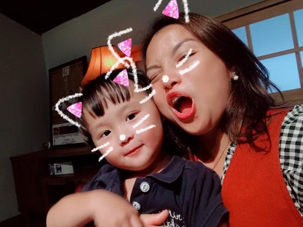 Mẹ Quỳnh và bé Sa hẹn mọi người chủ nhật này nhé.