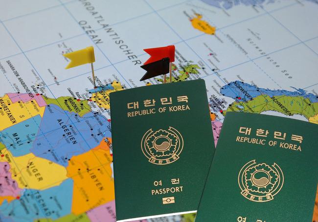 Theo quy định mới nhất, du khách xin visa Hàn Quốc phải nộp sổ tiết kiệm bản gốc