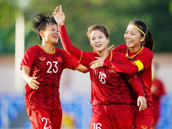 Bóng đá nữ luôn thua thiệt bóng đá nam nhiều mặt, nhất là lượng CĐV đến sân cổ vũ.