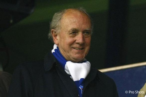 Cựu chủ tịch Heerenveen chỉ trích thương vụ mua Văn Hậu - Ảnh 1.