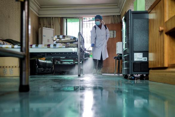 Cập nhật corona ngày 14-2: Hồ Bắc thêm 116 người chết, gần 5.000 ca nhiễm mới - Ảnh 3.