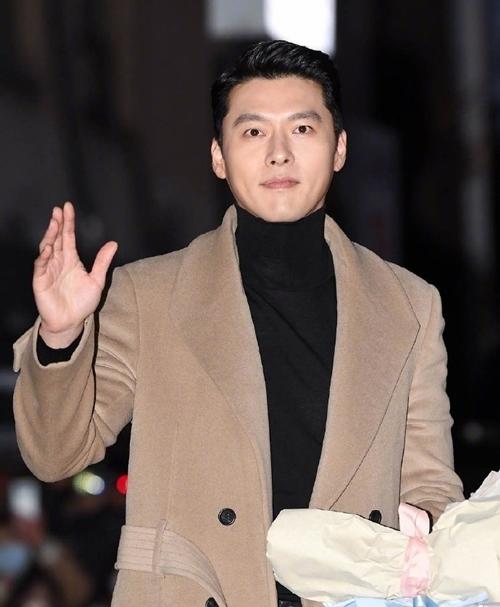 Thân nhau ngoài đời và đóng cặp ăn ý trong Hạ cánh nơi anh, Hyun Bin và Son Ye Jin được ủng hộ nên duyên từ phim ra đời thật.
