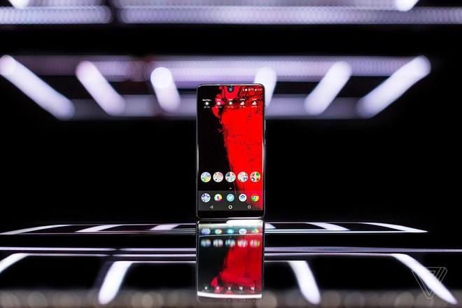 Essential, công ty điện thoại của cha đẻ Android chính thức đóng cửa - Ảnh 1.