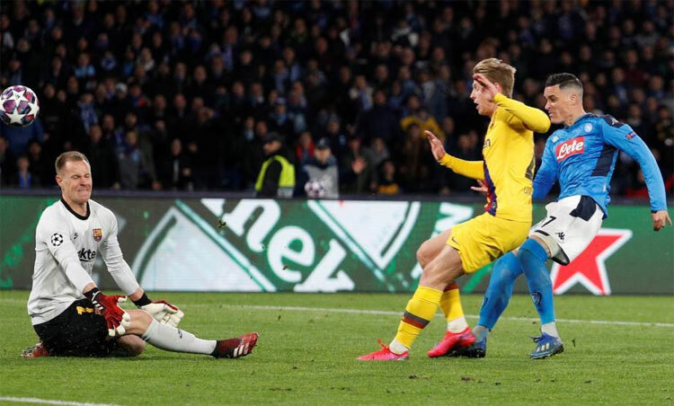 Barca có thể đã thua Napoli ở lượt đinếu không có Ter Stegen. Ảnh: Marca.