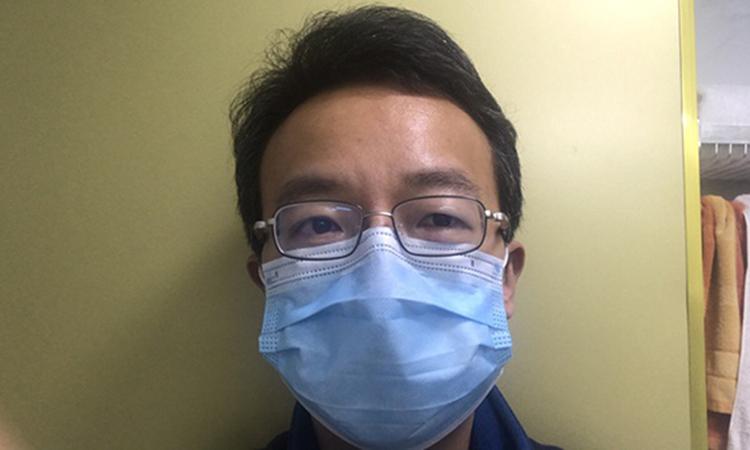 Vạn Khiêm hiện là giảng viên Trường Đại học Khoa học và công Nghệ Hoa Trung ở Vũ Hán. Ảnh: The paper.cn