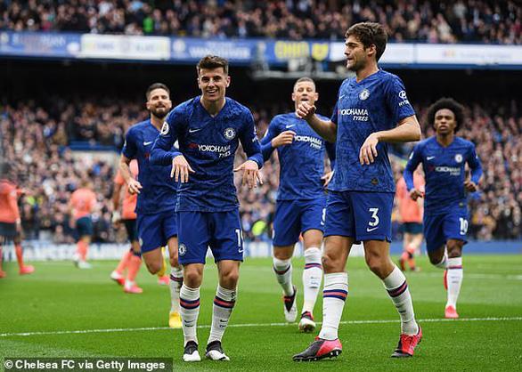 Đè bẹp Everton, Chelsea áp sát top 3 - Ảnh 1.