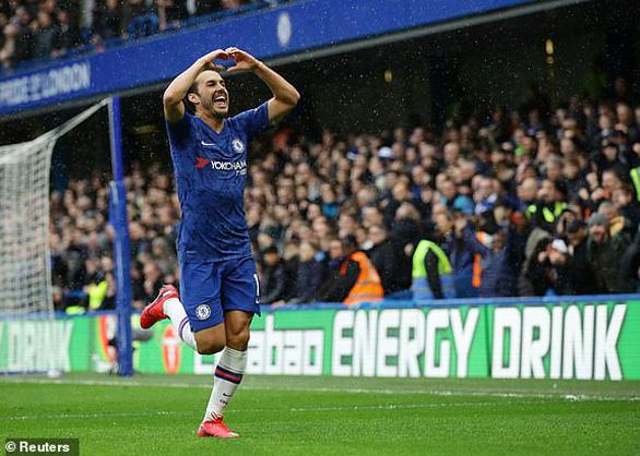 Đè bẹp Everton, Chelsea áp sát top 3 - Ảnh 2.