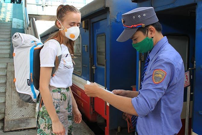 Đường sắt dừng chạy tàu tuyến du lịch