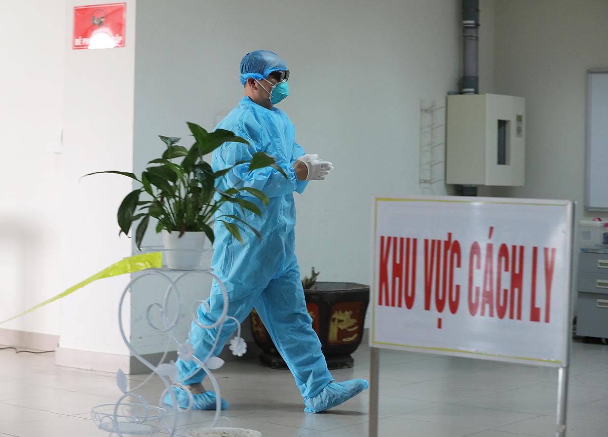 Bệnh nhân 133 điều trị 3 tuần ở Bệnh viện Bạch Mai
