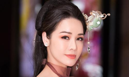 Nhật Kim Anh: Tôi mất tình lẫn tiền trong năm qua