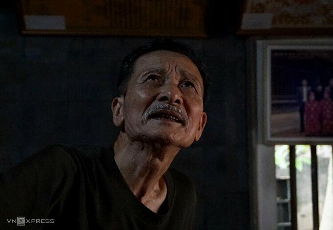Ông Nguyễn Ngọc Bích, người trông coi đình Diềm. Ảnh: Lam Phương.