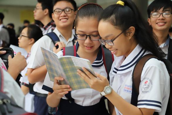 TP.HCM thi tuyển lớp 10 ngày 16 và 17-7 - Ảnh 1.
