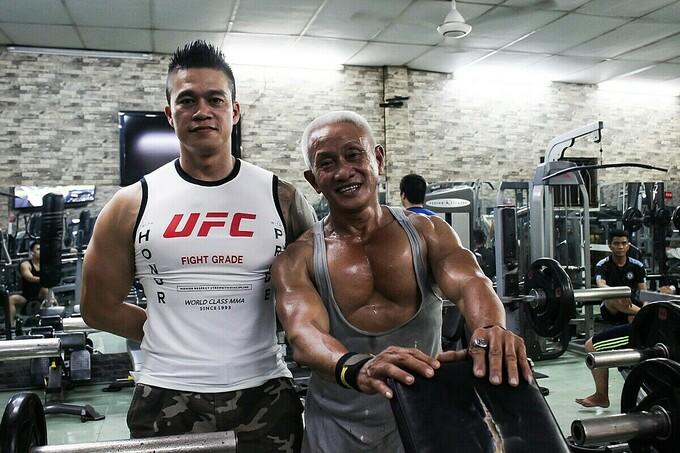 Anh Toàn, chủ phòng tập là huấn luyện viên của ông Vân 11 năm qua. Ảnh: Diệp Phan.