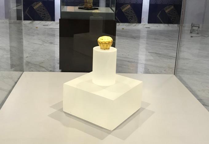 Hộp vàng Ngọa Vân - Yên Tử được trưng bày tại Bảo tàng tỉnh Quảng Ninh. Ảnh: Minh Cương