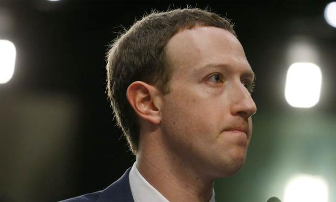Mark Zuckerberg bắt đầu thay đổi phong cách lãnh đạo từ cuối năm 2016. Ảnh: Reuters.