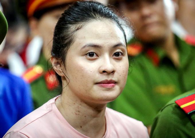 Vũ Hoàng Anh Ngọc trong phiên tòa năm ngoái. Ảnh: Thành Nguyễn.