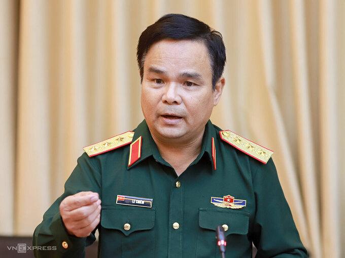 Thượng tướng Lê Chiêm làm việc tại Quảng Trị ngày 22/10. Ảnh: Văn Đông