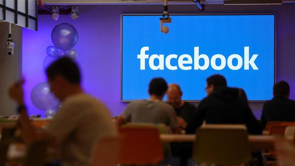 Doanh thu Facebook, Apple tăng kỷ lục trong COVID-19 - Ảnh 1.