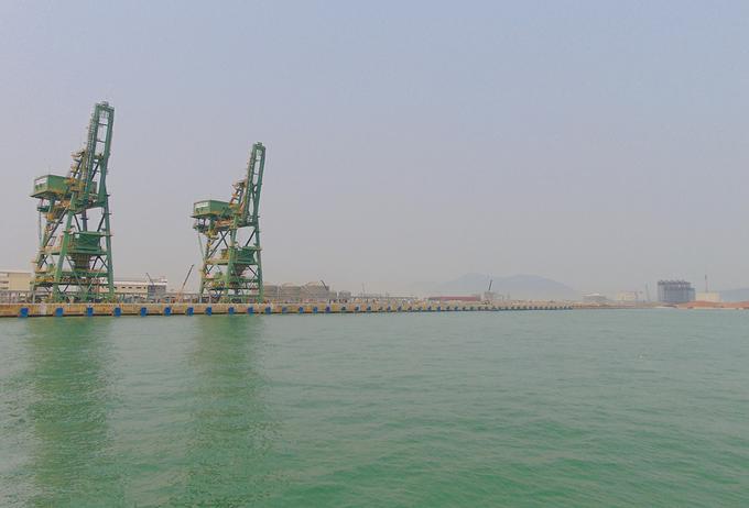 Một góc của khu công nghiệp Formosa thuộc Khu kinh tế Vũng Áng, thị xã Kỳ Anh. Ảnh: Đức Hùng