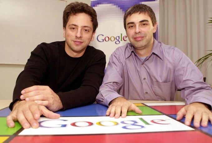 Sergey Brin (trái) và Larry Page (phải). Ảnh: CNBC.