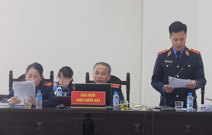 Các đại diện VKSND Tối cao thực hiện hiện quyền công tố tại phiên toà. Ảnh: Phạm Dự